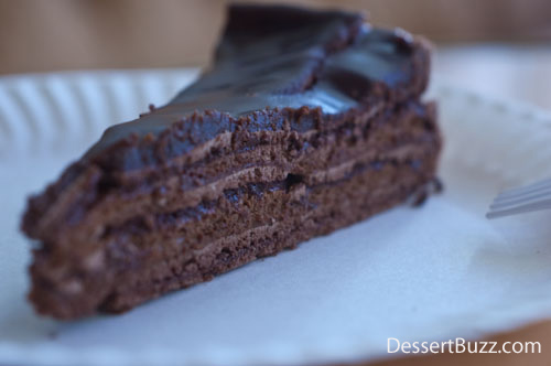 Dessertbuzz The best chocolate cake in the world actually no